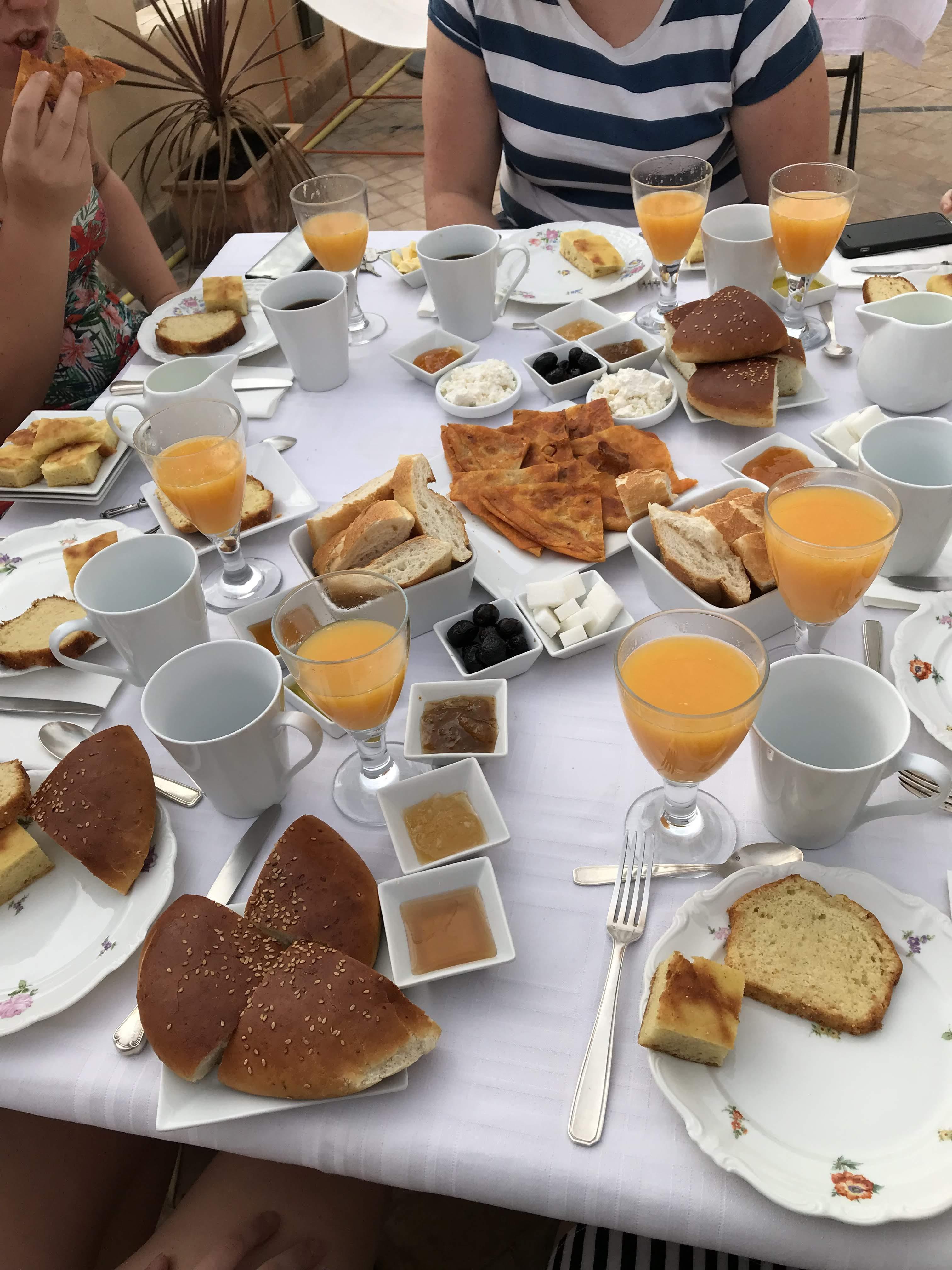 Breakfast in Morocco - Roadtrip - Riad La Maison Maure
