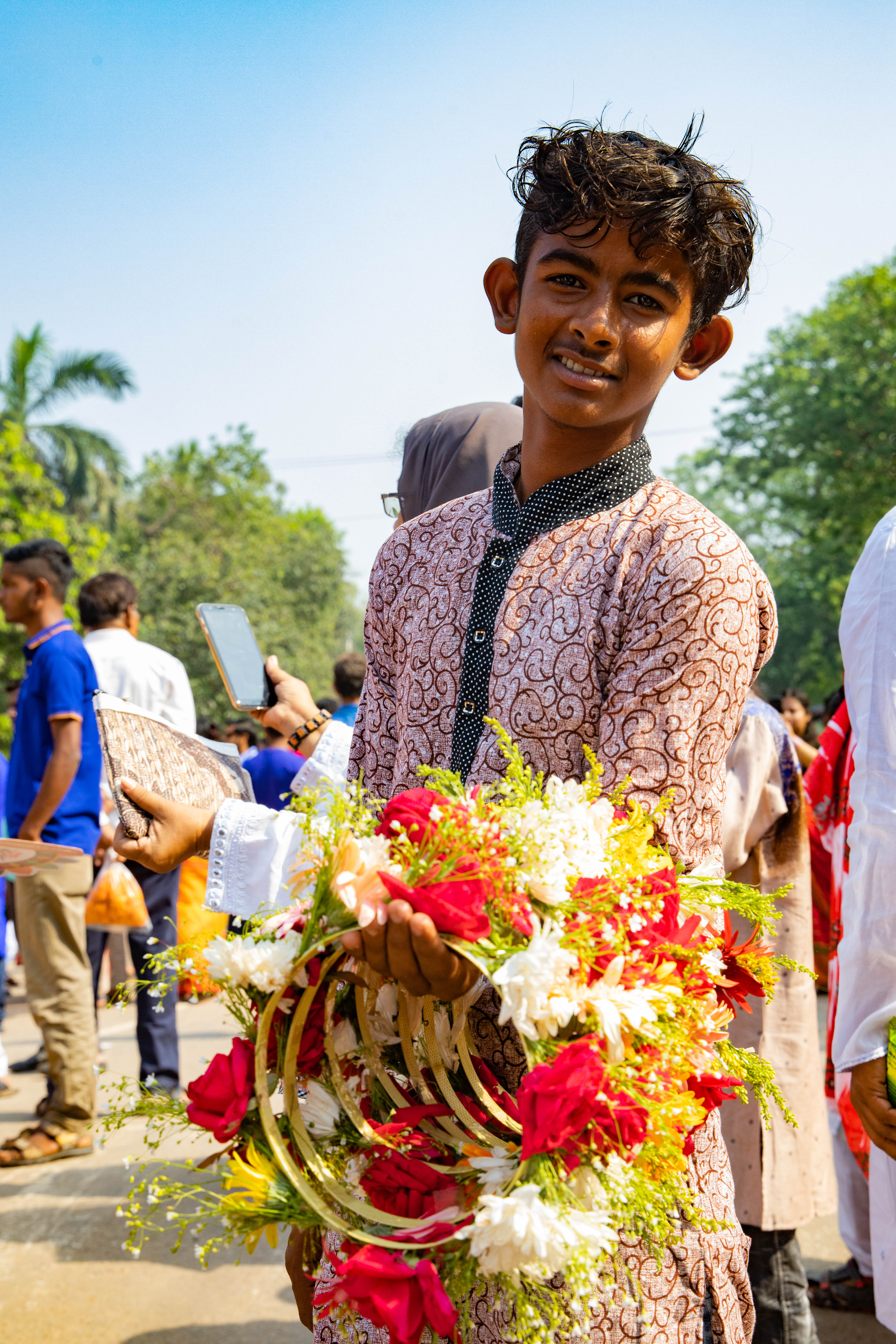 Seller Dhaka Flower Crowns - Bengali New Year - Shuvo Noboborsho