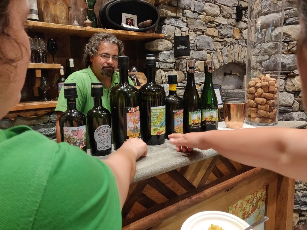 Wine tasting Italy with local farmers - Permes Pavese - Val d'Aosta