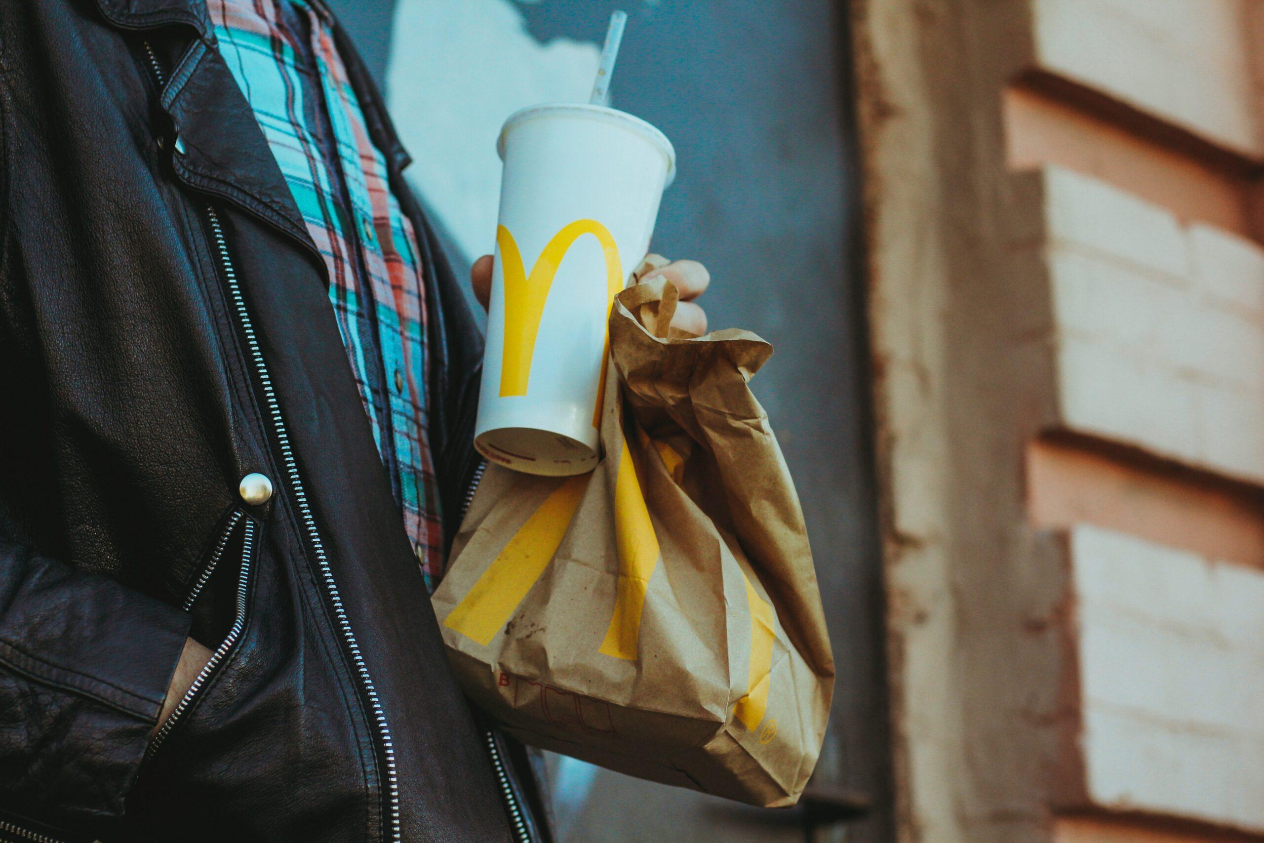 Duurzaam Toerisme:  byebye Starbucks & McDonalds