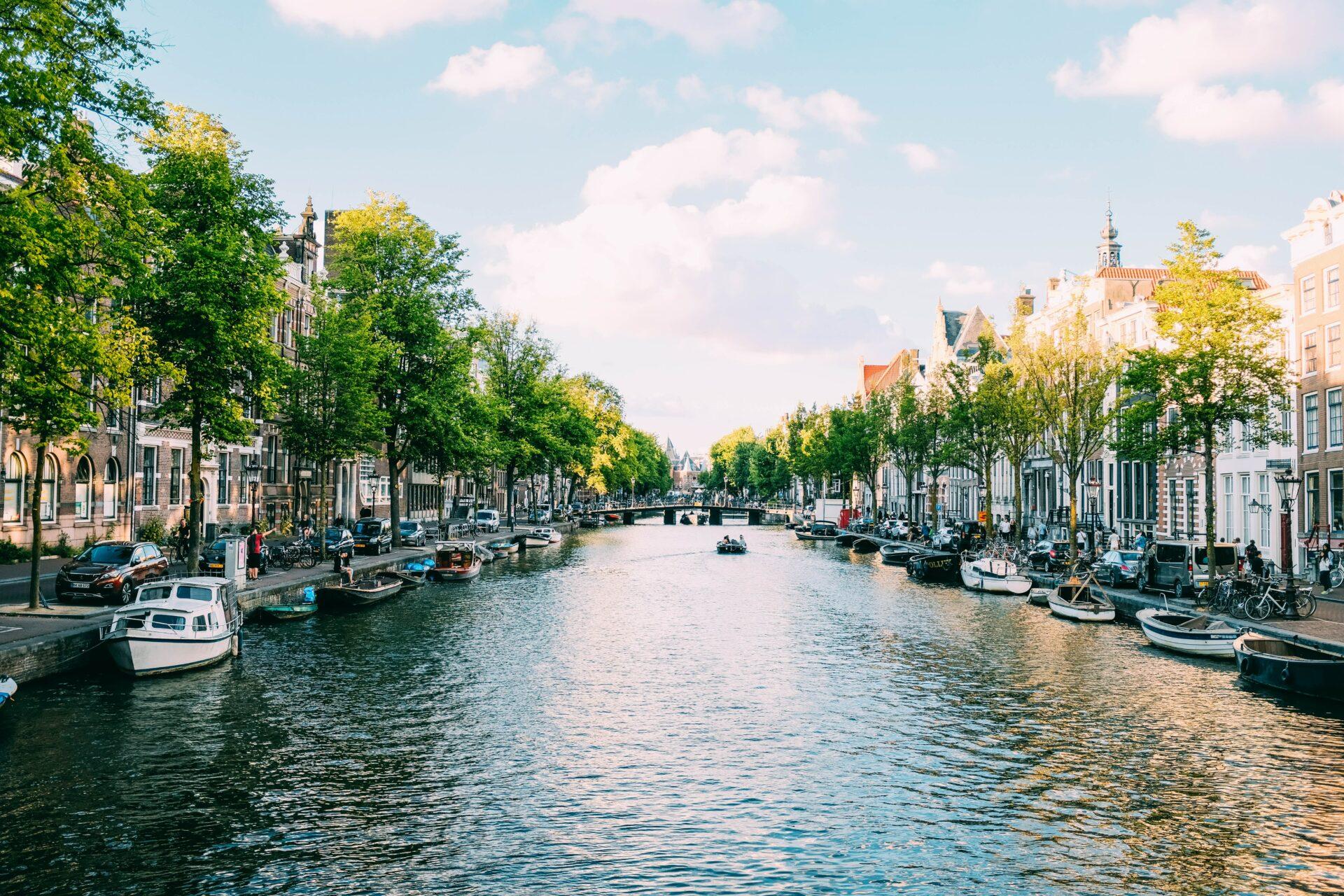 Duurzaam reizen - Tips om milieubewust te vliegen - Reisblog België TravelRebel - ARUBA - Amsterdam