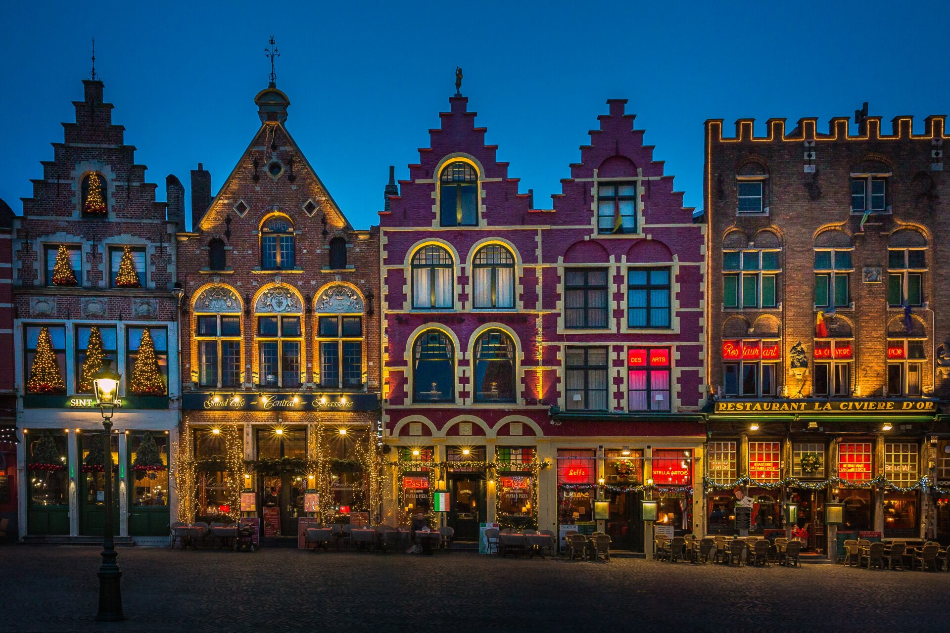 Bruges -Belgium -couchsurfing - sustainable travel - TravelRebel - Belgian TravelBlogger