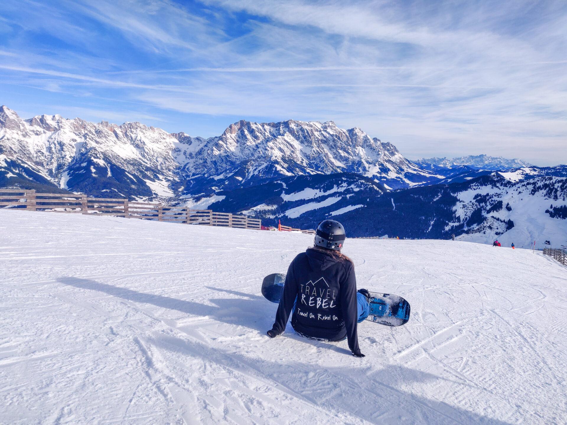 Genieten van bijna lege pistes. Ga buiten het hoogseizoen gaan skiën om duurzamer te reizen.