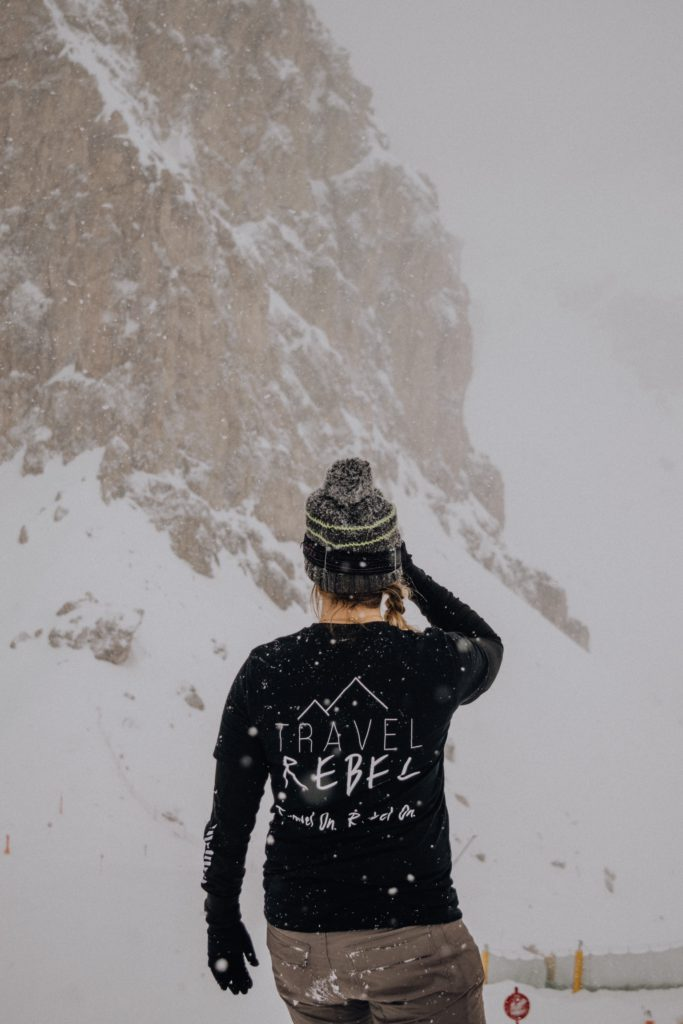 Silke TravelRebel in the Dolomites - TravelRebel sustainable shirt