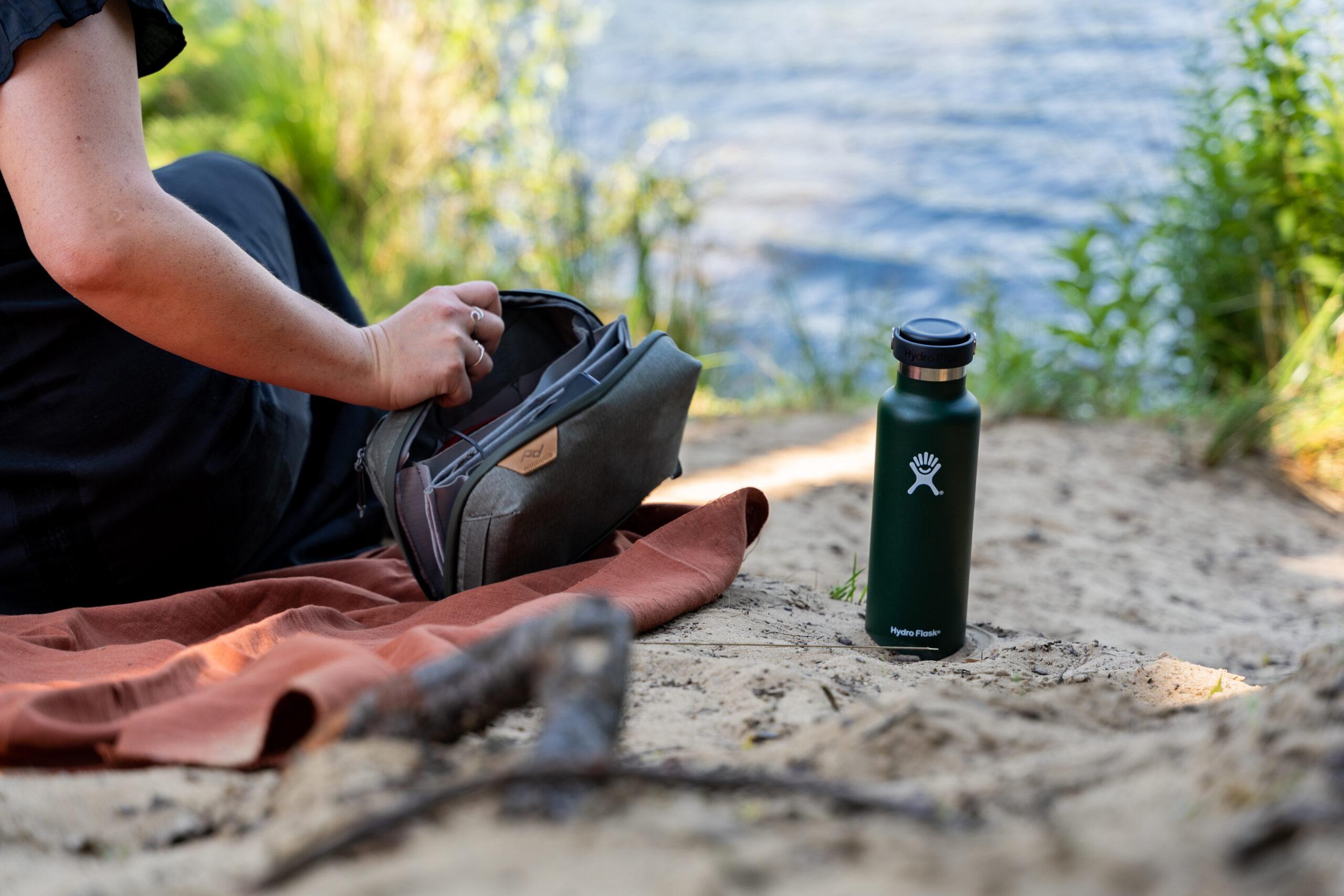 Hydro Flask - TravelRebel - Mei Plastic vrij