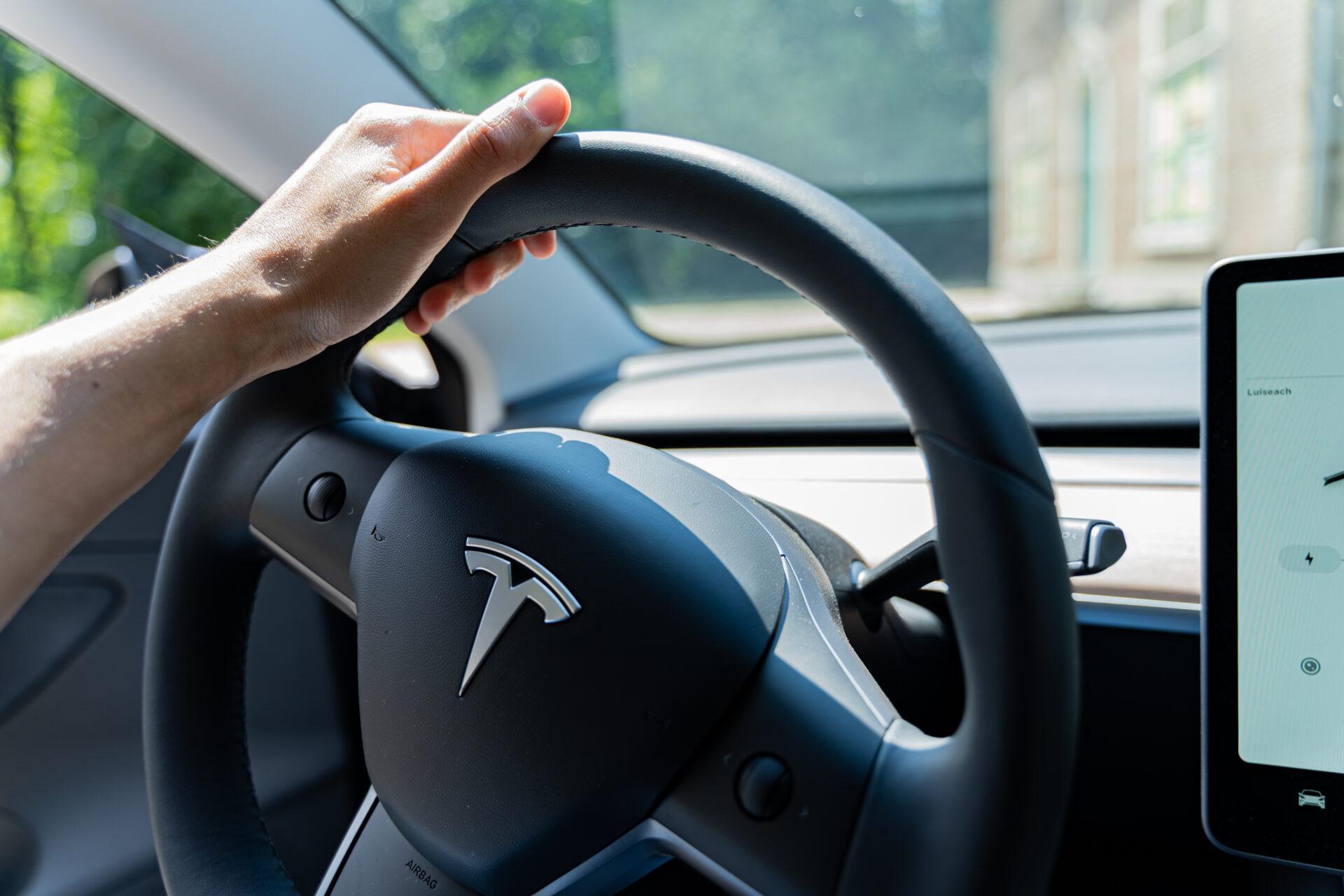 Rijden met een elektrische wagen - de voordelen - Tesla TravelRebel