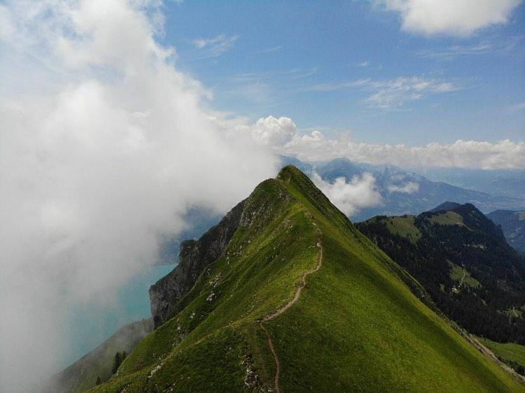 Wandelen op de Augstmatthorn in Zwitserland